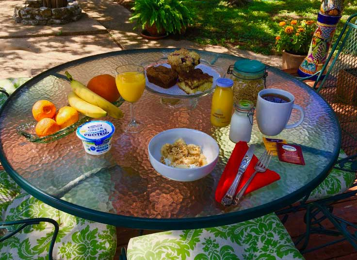 Casa del sol Bed and Breakfast's Continental Breakfast