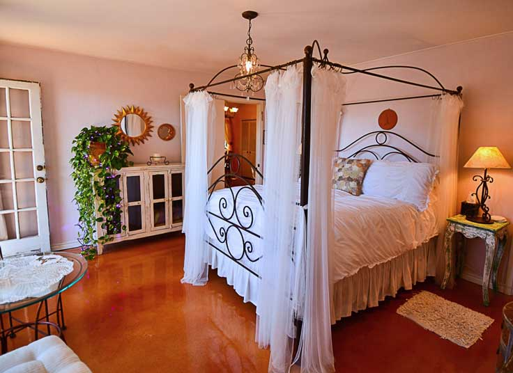 Bed and Breakfast canopy bed.